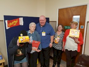 Picture: /imgresize/w288/files/news/80/volunteers-at-tunnocks.jpg